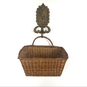 Vintage Wall Hanging Wicker Basket